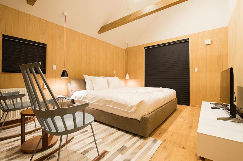 The Orchards Niseko Take King Size Bed | St Moritz, Niseko