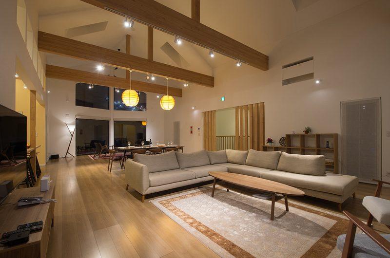 The Orchards Niseko Zakuro Indoor Living and Dining Area | St Moritz, Niseko