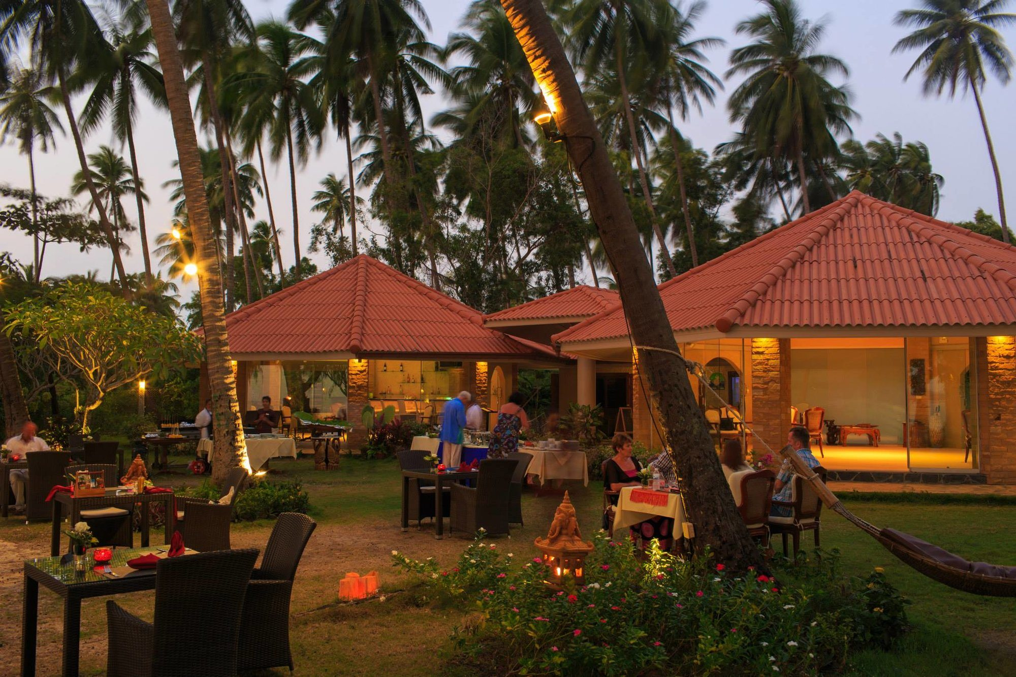 7 Restaurants You Need to Visit in Lipa Noi