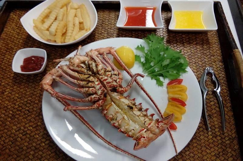 The Vareeya Restaurant Pa Klok Phuket Thailand