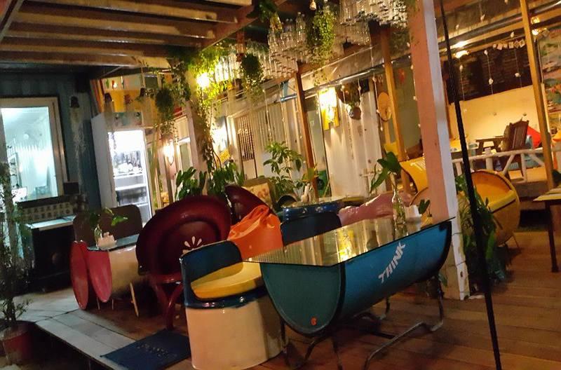 Think and Retro Cafe Lipa Noi Koh Samui Thailand