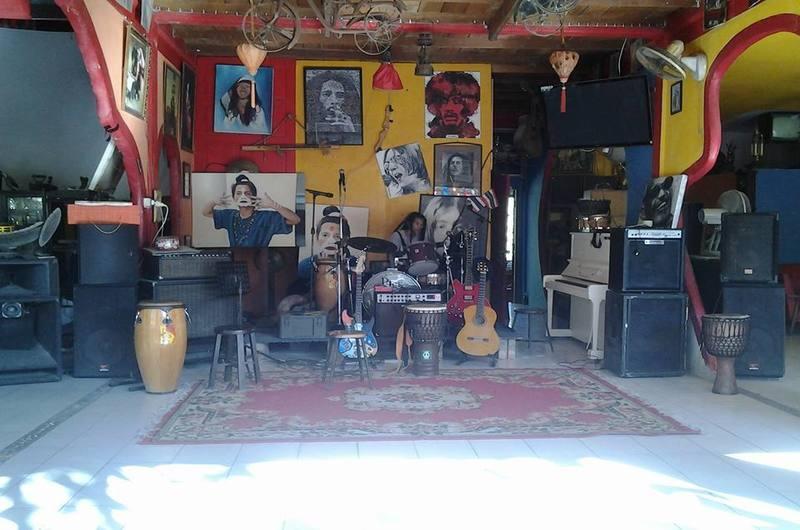 Yoonique Stone Music Cafe Nai Harn Phuket Thailand
