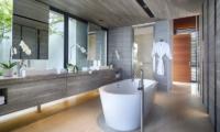 Sohamsa Ocean Estate Villa Hamsa Bathtub | Ungasan, Bali