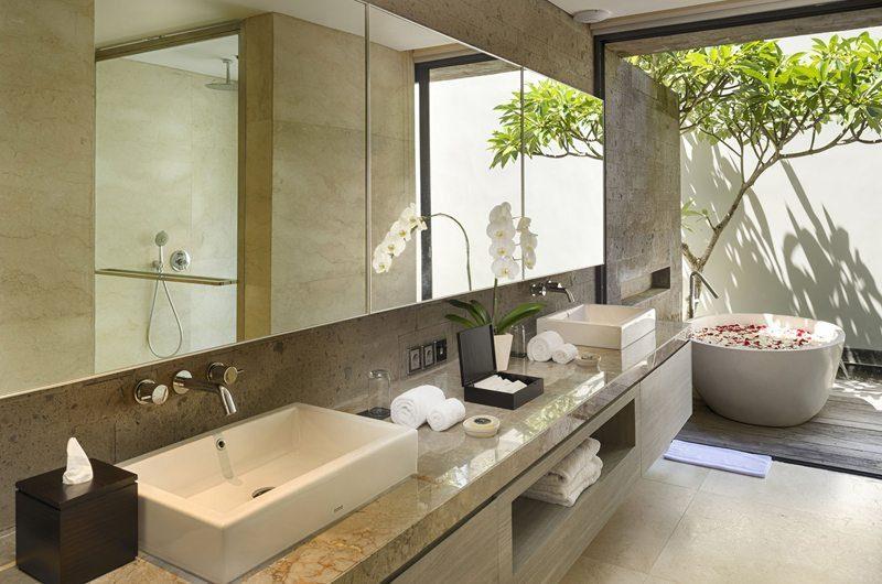 Sohamsa Ocean Estate Villa Hamsa En-suite Bathroom | Ungasan, Bali
