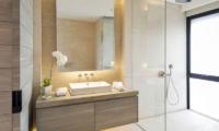 Sohamsa Ocean Estate Villa Soham Bathroom | Ungasan, Bali