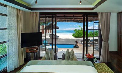 Jumeirah Vittaveli Royal Residence Pool Side Bedroom | Bolifushi Island, Maldives