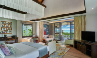 Jumeirah Vittaveli Royal Residence Bedroom with Sea View | Bolifushi Island, Maldives