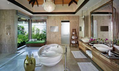 Jumeirah Vittaveli Royal Residence En-suite Bathroom | Bolifushi Island, Maldives