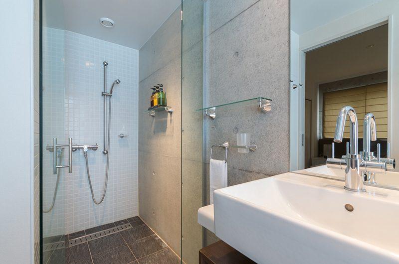 Kitanishi 2 Bathroom   Hirafu, Niseko