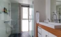 Kitanishi 3 Bathroom   Hirafu, Niseko