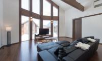 The Orchards Niseko Kaki Media Room | St Moritz, Niseko
