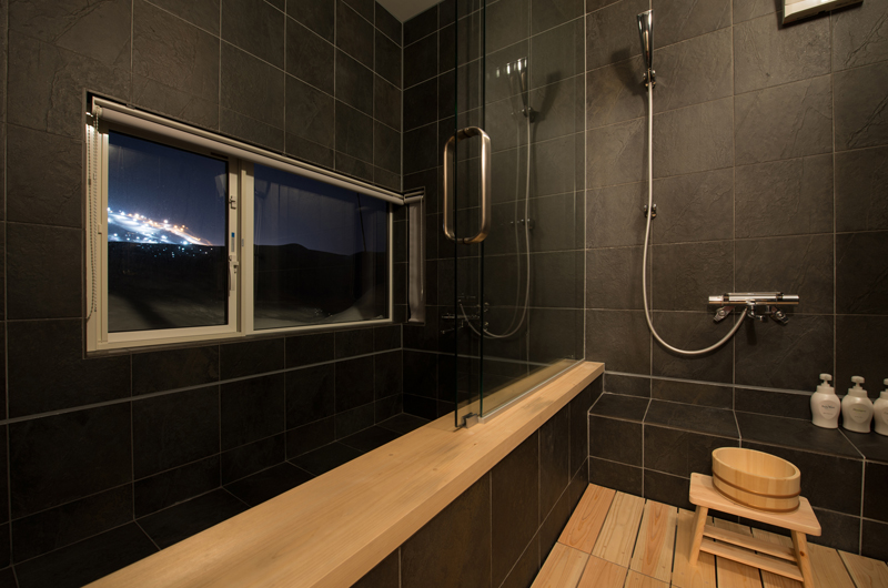 The Orchards Niseko Kuromatsu Bathroom   St Moritz, Niseko