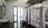 Satin Doll Twin Bedroom | Galle, Sri Lanka