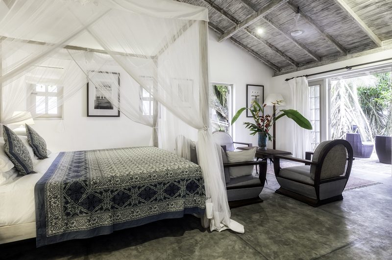 Satin Doll Four Poster Bed with Sofa | Galle, Sri Lanka