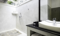 Satin Doll Semi Open Bathroom | Galle, Sri Lanka