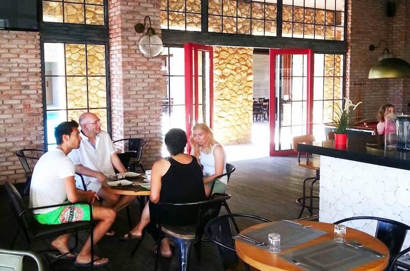 Bali Nusa Dua Homerun Sport Cafe | Sports bars in Bali
