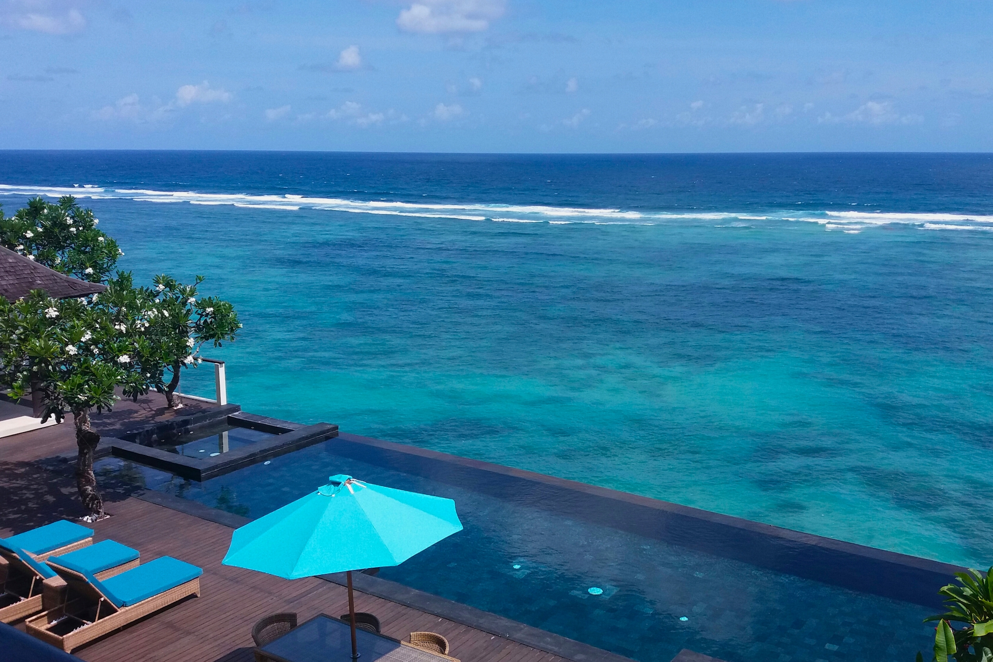 Private Paradise: The Most Beautiful Villa Pools