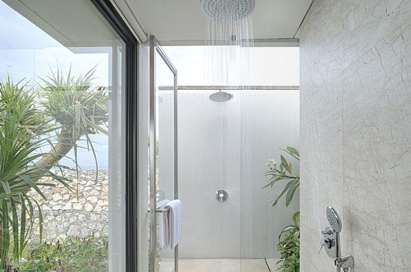 Sohamsa Ocean Estate Villa Hamsa Bathroom with view | Ungasan, Bali