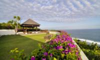 Villa Cahaya Gardens   Ungasan, Bali