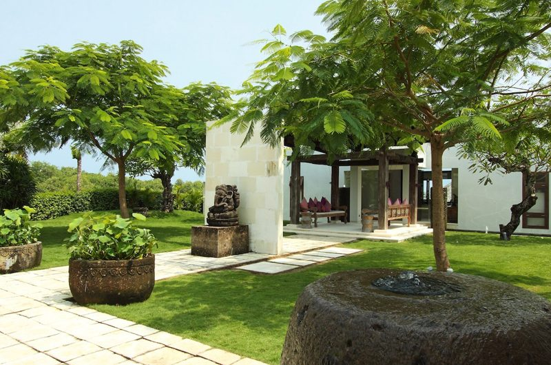 Villa Cahaya Tropical Garden   Ungasan, Bali
