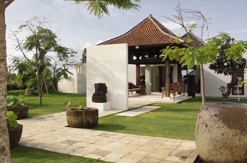 Villa Cahaya Entrance   Ungasan, Bali