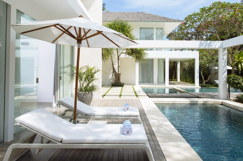 Villa Canggu Villa Canggu North Reclining Sun Loungers | Canggu, Bali