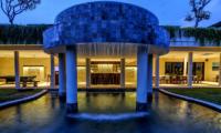 Villa Cantik Pandawa Night View | Ungasan, Bali