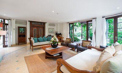 Villa Waru Indoor Living Area | Nusa Dua, Bali