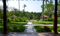 JH Villa Gardens and Pool | Galle, Sri Lanka
