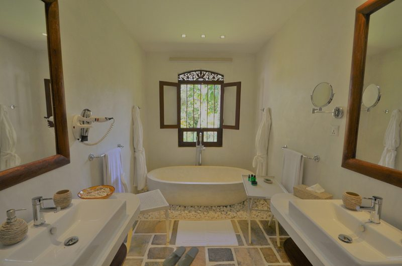 JH Villa Bathroom | Galle, Sri Lanka