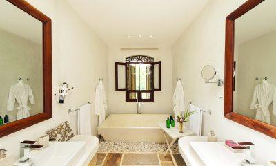 JH Villa En-suite Bathroom | Galle, Sri Lanka
