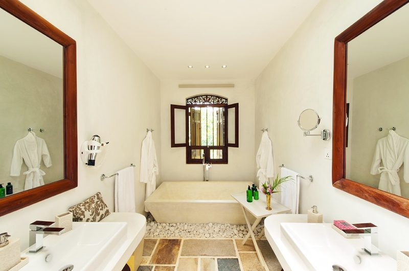 JH Villa En-suite Bathroom | Galle, Sri Lanka