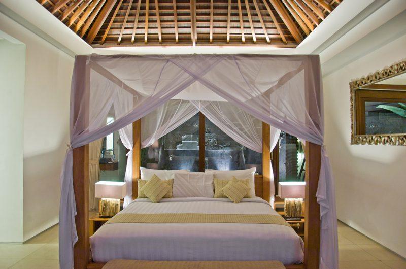 Chandra Villas Chandra Villas 1 Four Poster Bed   Seminyak, Bali