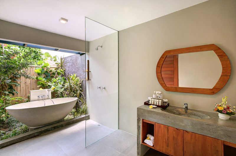 Sativa Villas Villa Cempaka Outdooor Bathtub | Ubud, Bali