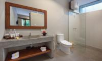 Sativa Villas Villa Gardenia Bathroom | Ubud, Bali