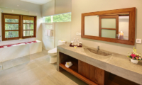 Sativa Villas Villa Rose Bathroom | Ubud, Bali