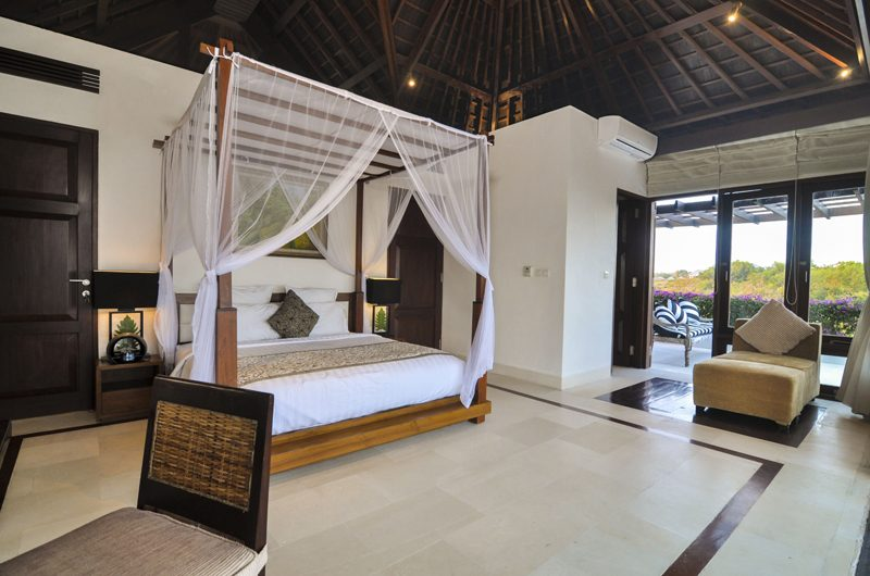 Villa Angin Laut King Size Bed with View | Uluwatu, Bali