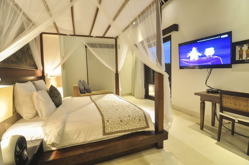 Villa Angin Laut Bedroom with Study Table | Uluwatu, Bali