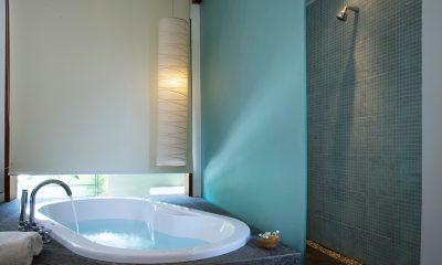 Villa Rio Bathtub | Seminyak, Bali