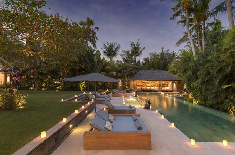 Villa Vanna Sedi Night View | Canggu, Bali