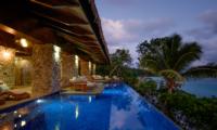 Vatuvara Villa Delana Reclining Sun Loungers | Vatuvara, Fiji