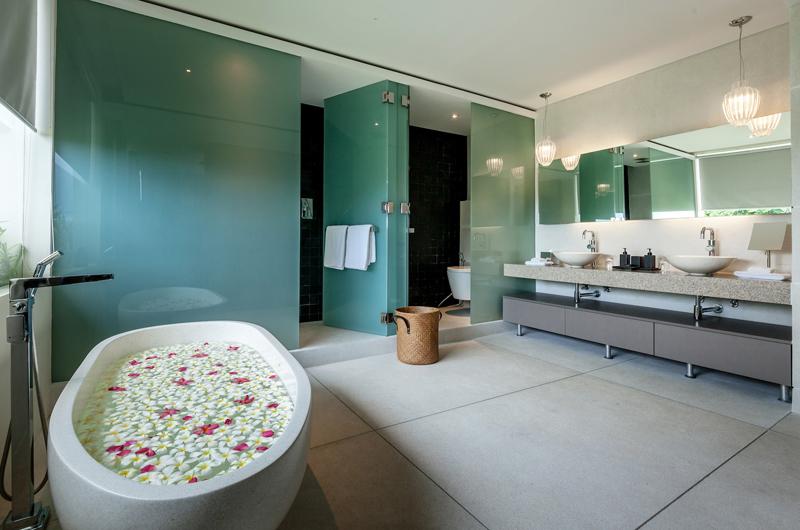 Villa Anavana Bathroom | Choeng Mon, Koh Samui