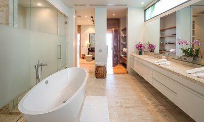 Villa Haleana En-suite Bathroom | Naithon, Phuket