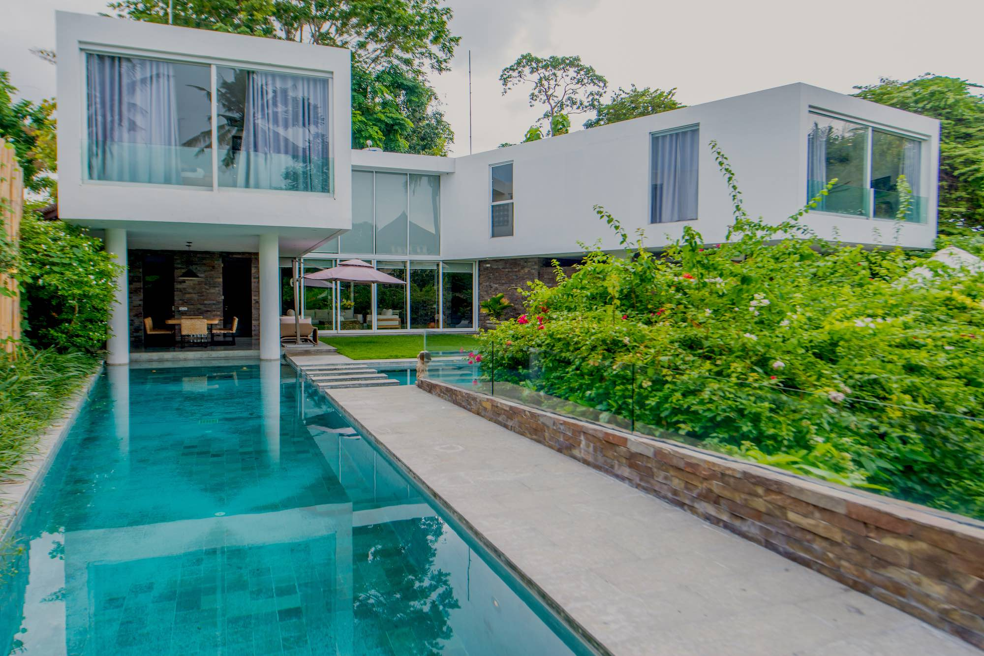 Villa Ashoka – Cool Designer Villa in Canggu