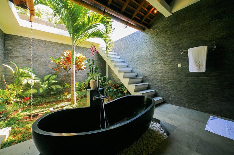La Villa Des Sens Bali Outdooor Bathtub   Kerobokan, Bali