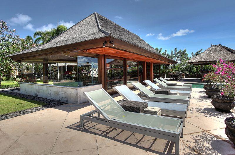 Villa Indah Manis Indah Manis Sun Beds   Uluwatu, Bali