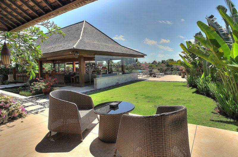 Villa Indah Manis Indah Manis Outdoor Seating Area   Uluwatu, Bali