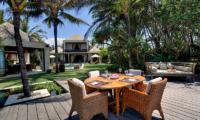Villa Maya Outdoor Dining Table   Sanur, Bali