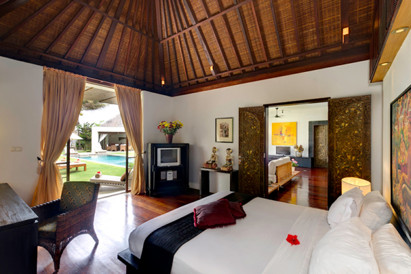 Villa Maya Spacious Bedroom   Sanur, Bali