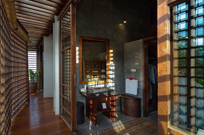Villa Maya Connecting Bathroom   Sanur, Bali